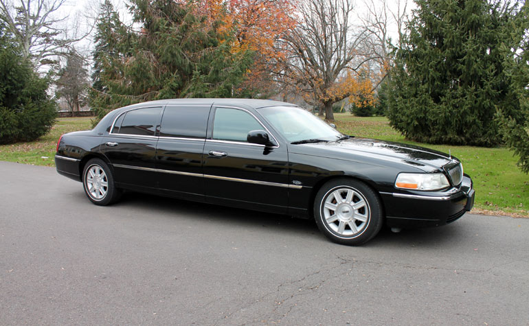 luxury limo in newtown pa