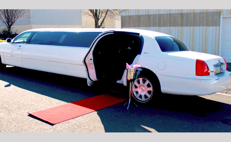premium stretch limo rental newtown pa